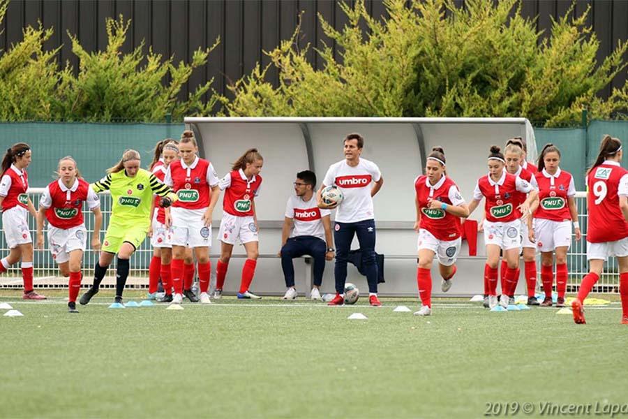 Entrainement d'équipe de football féminin